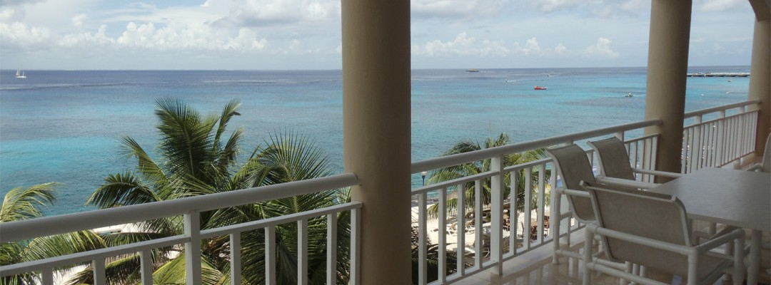 Oceanfront luxury Cozumel vacation condo for rent