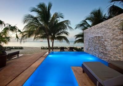 Cozumel luxury oceanfront rental vill
