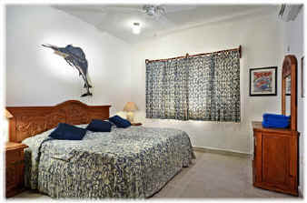 Cozumel rental villa king bed or 2 twins
