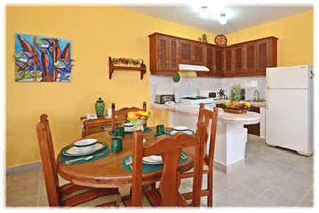 Cozumel villa dining area