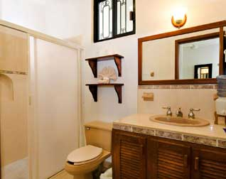 One of the full bathrooms at Villa Caballitos Cozumel, Mexico