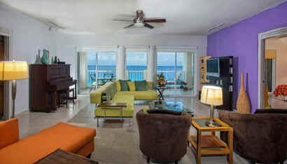Las Brisas 302 living room - Cozumel vacation condo for rent