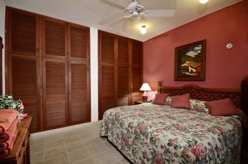Cozumel vacation condo bedroom