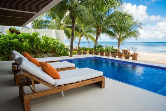 Cozumel beachfront villa rental - Villa del Sol