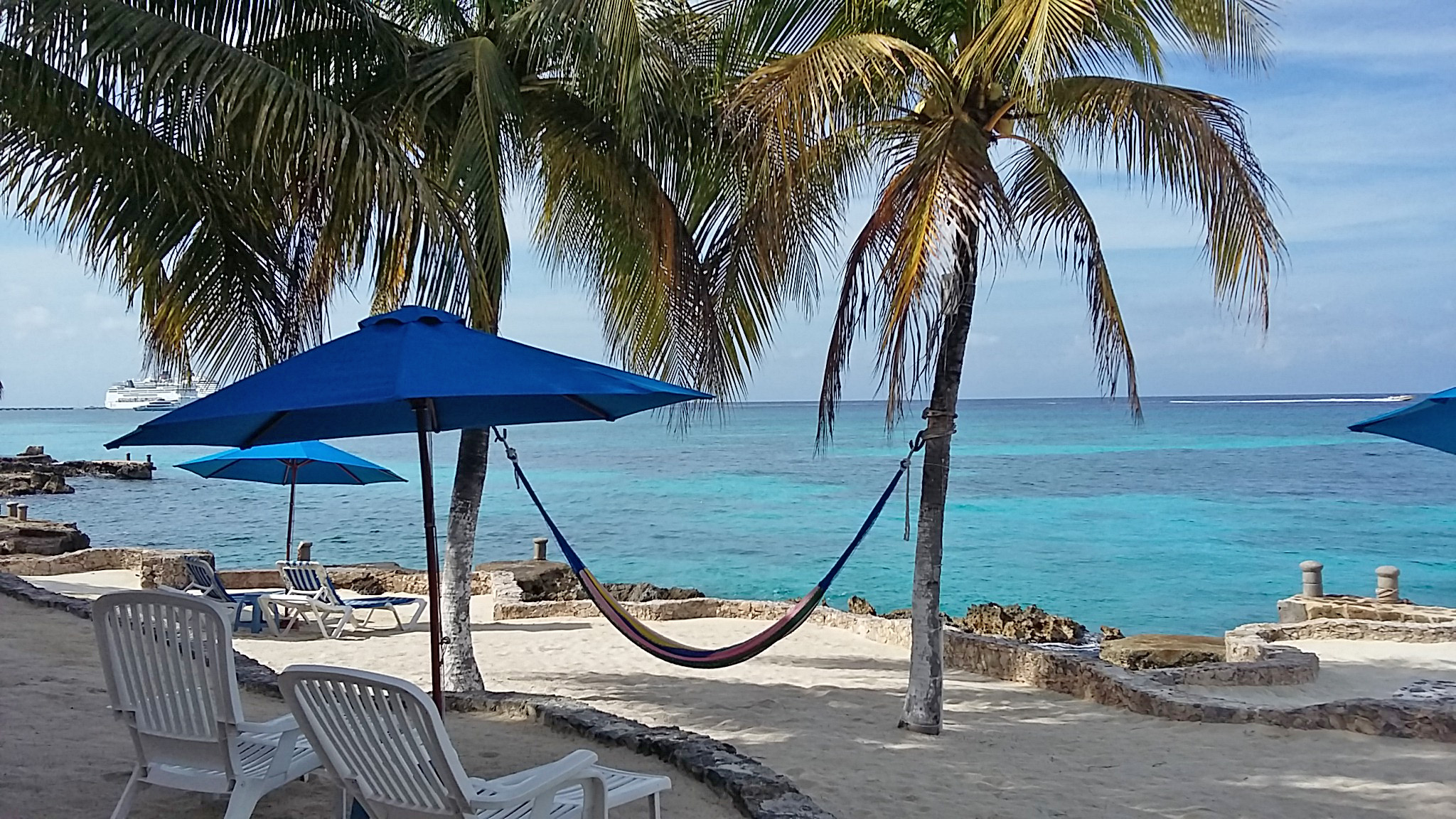 Cozumel oceanfront 1 bd condos