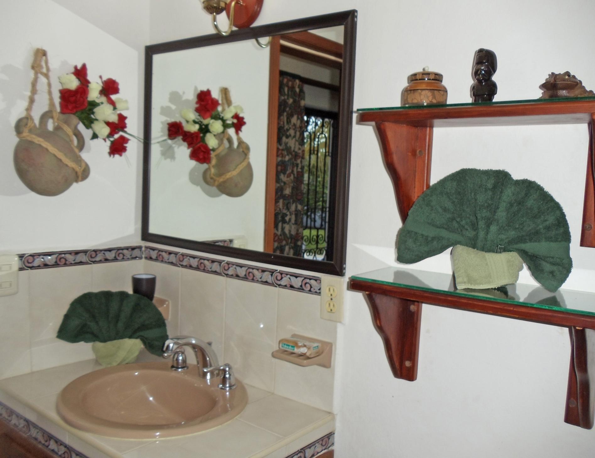 bathroom off the back bedroom