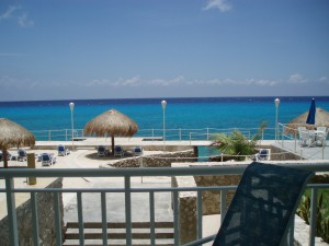 Cozumel oceanfront vacatiion rental condo at El Cantil