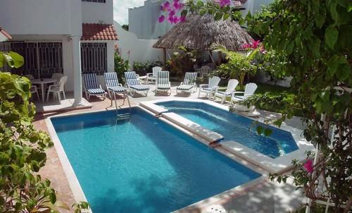2 level pool at Casa Topaz