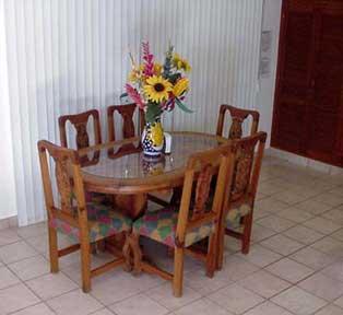 Caballitos dining area downstairs