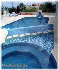 Cozumel beach area villa pool and jacuzzi