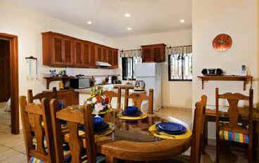 Villa Caballitos upstairs kitchen