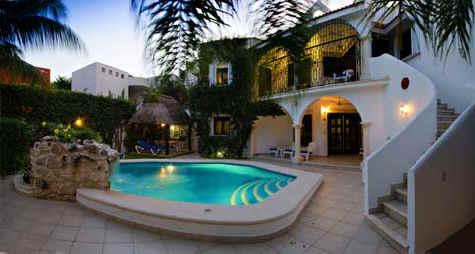 Twilight at Villa Caballitos in Cozumel, a private vacation rental villa