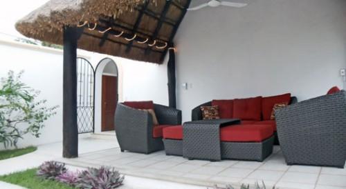 New garden and patio area at Villa Caballitos