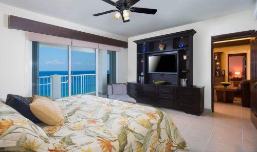 Cozumel beachfront rental condo bedroom