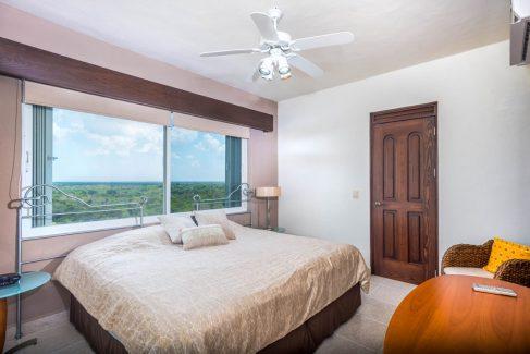 Cozumel beachfront rental condo 3rd bedroom