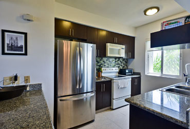 Completely equipped kitchen in Las Brisas 302 Cozumel beachfront vacation rental condo