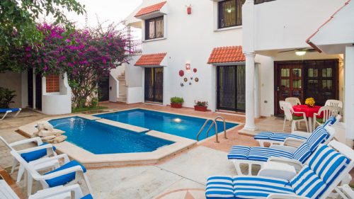 Cozumel condo vacation rental 2 level pool