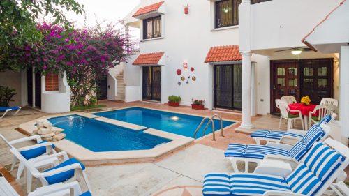 Cozumel condo vacation rental 2 level pool