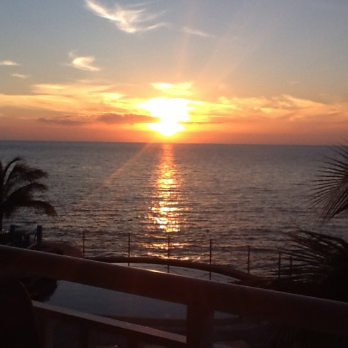 Oceanfront Cozumel condo for sale by owner