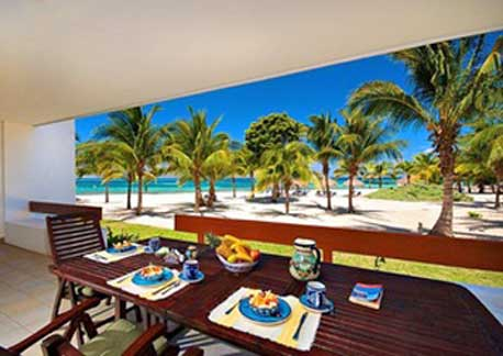 Cozumel oceanfront vacation rental condo at Residencias Reef