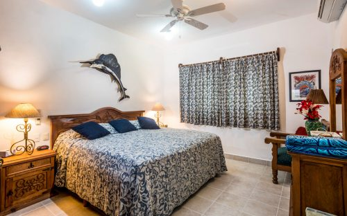 Cozumel rental condo bedroom, king or 2 twins
