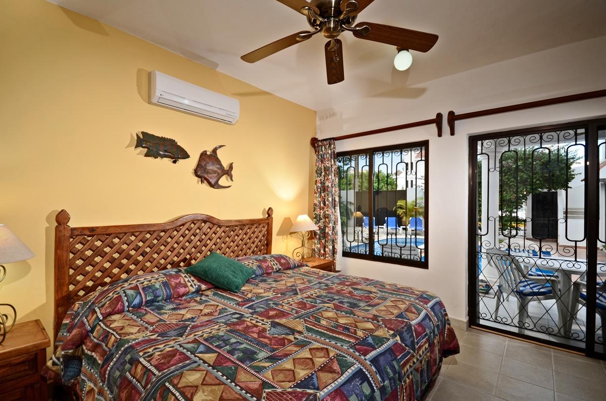 back bedroom at Casa Topaz