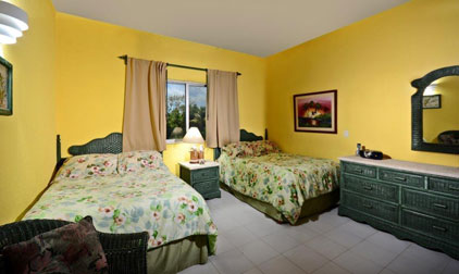 Twin beds in Cantamar 201