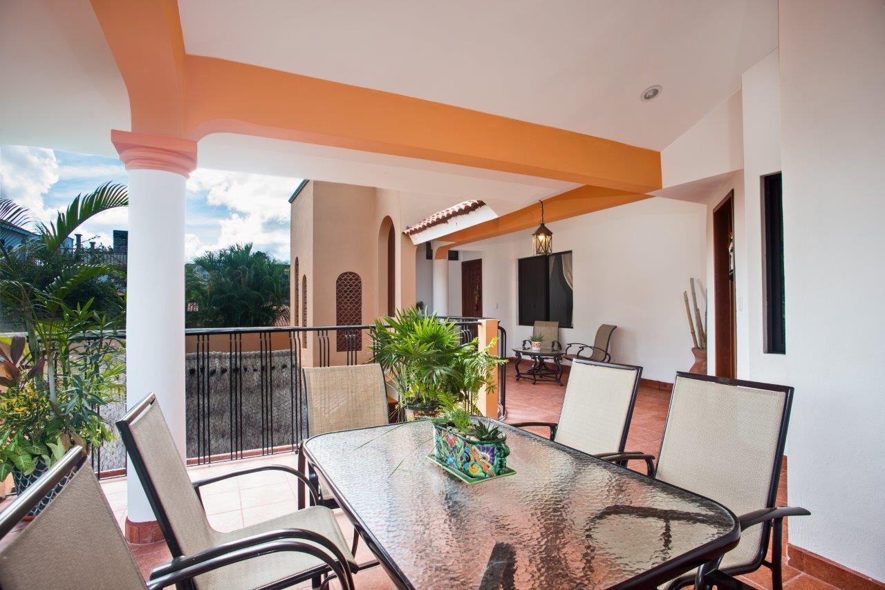 Large terrace-Cozumel long term rental