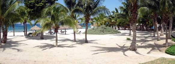 Sandy beach at Residencias Reef, Cozumel