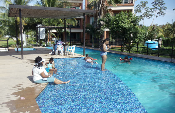 Ocean beach club pool-Cozumel