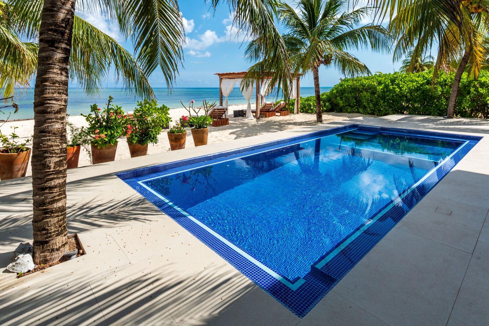 Cozumel beachfront vacation villa rental